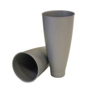 Einzelne Vase aus Kunststoff in grau